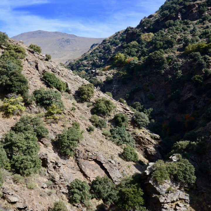 hiking with kids las aplujarras poqueira gorge