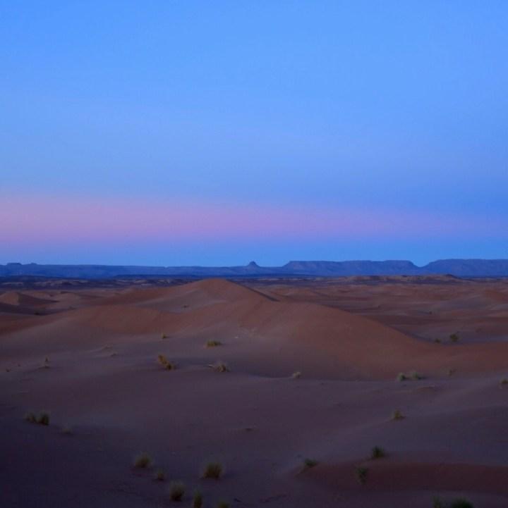 Morocco with kids erg chigaga sunset