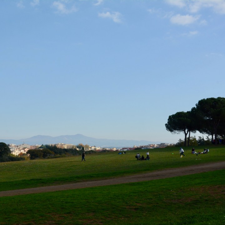 Rome with kids park villa doria pamphili games