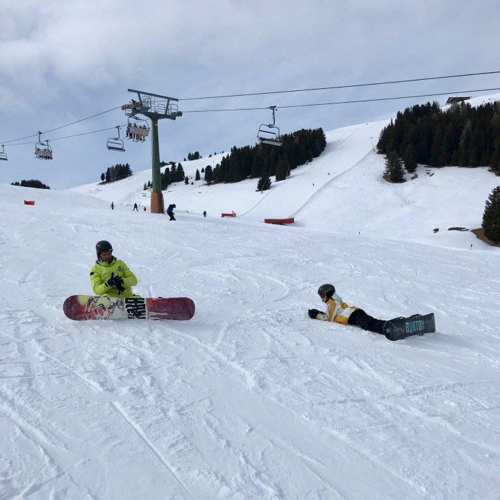 seiser alm skiing with kids snowboard teacher
