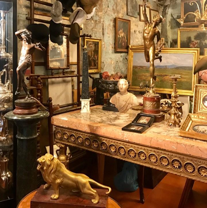 travel with kids antique shop