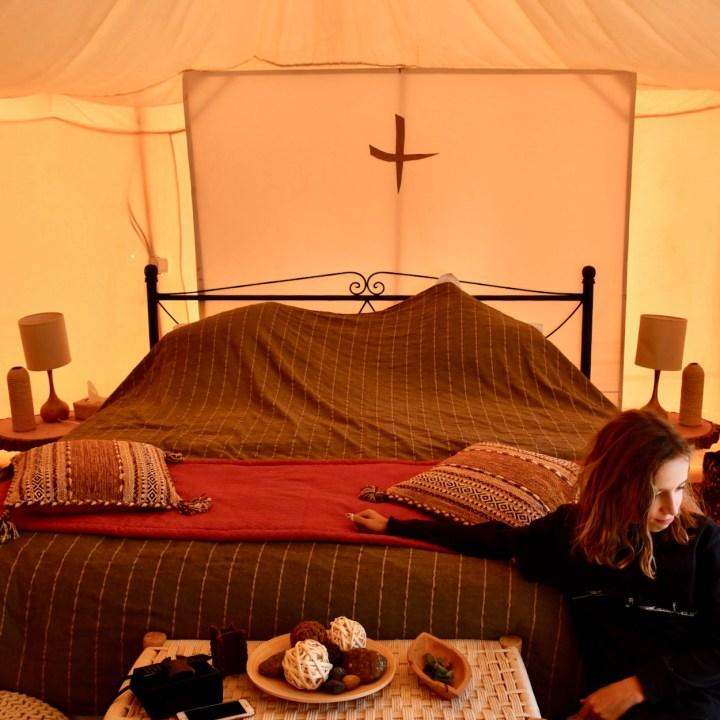 sahara desert erg chigaga with kids bed