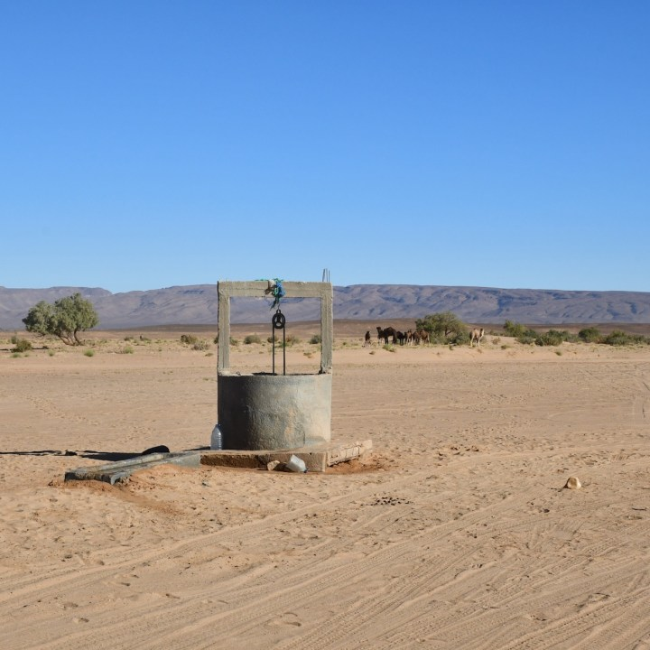 La Kahena luxury camp Erg Chigaga Sahara well