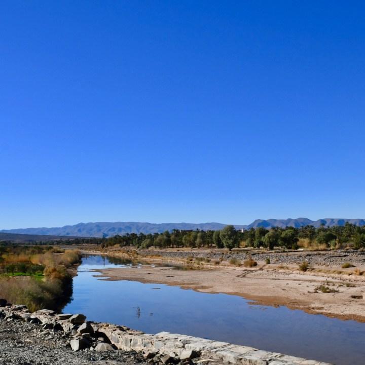 Morocco with kids drive M'Hamaid draa river