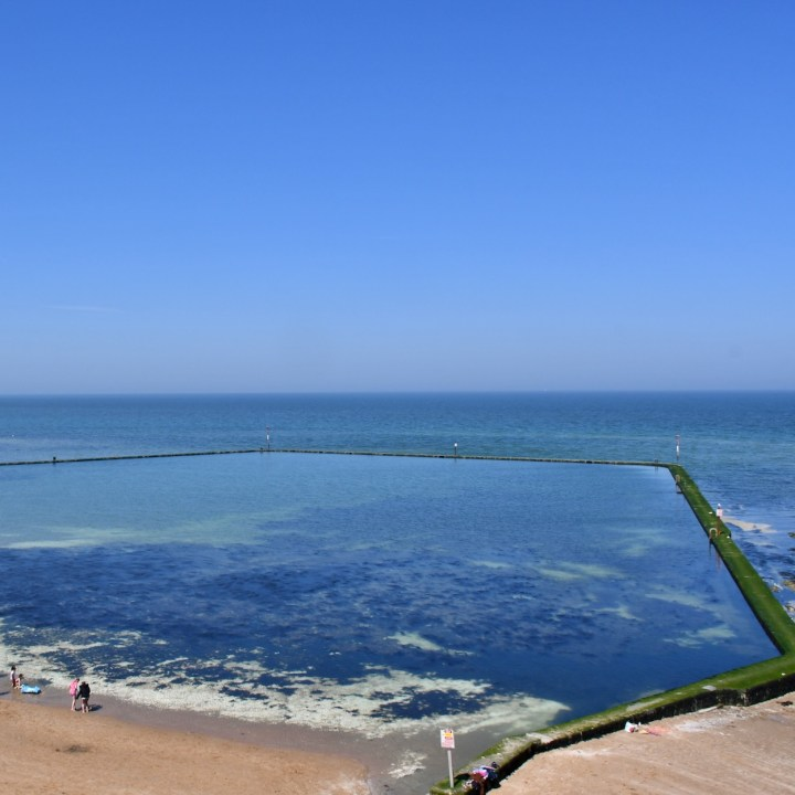 Broadstairs with kids tidal pool walpole bay