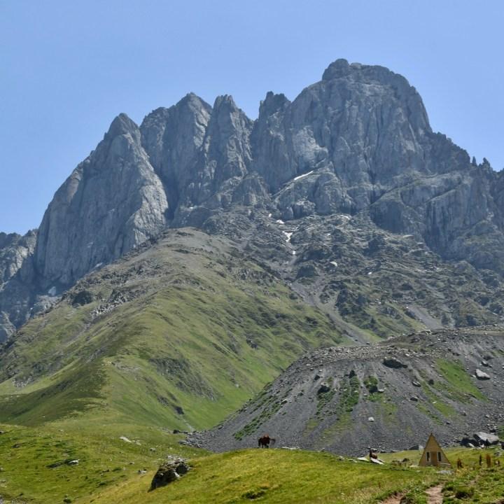 Juta hike Chaukhi massif
