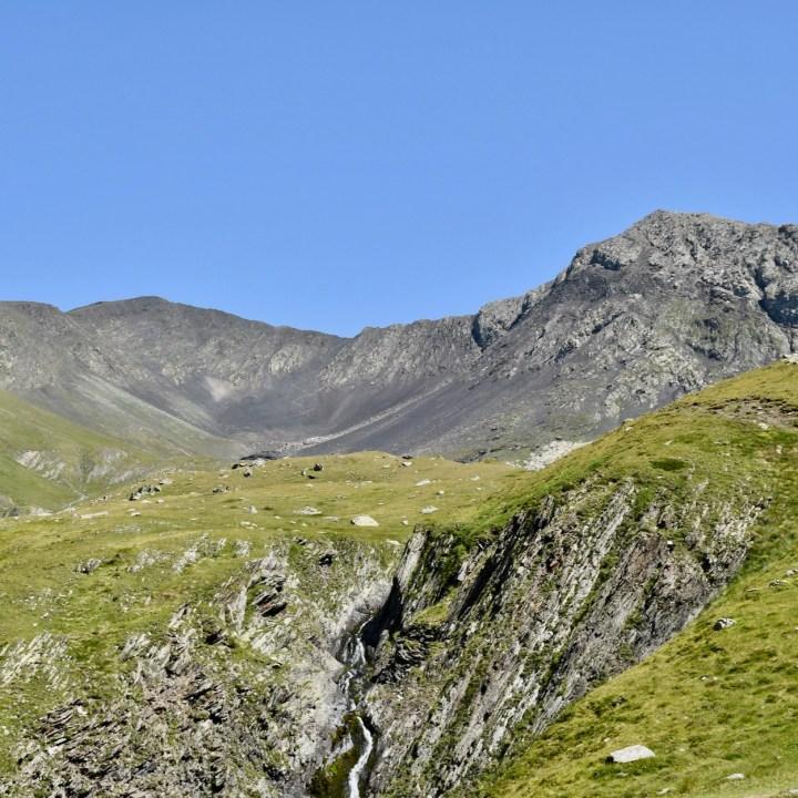 Juta hike Chaukhi Pass