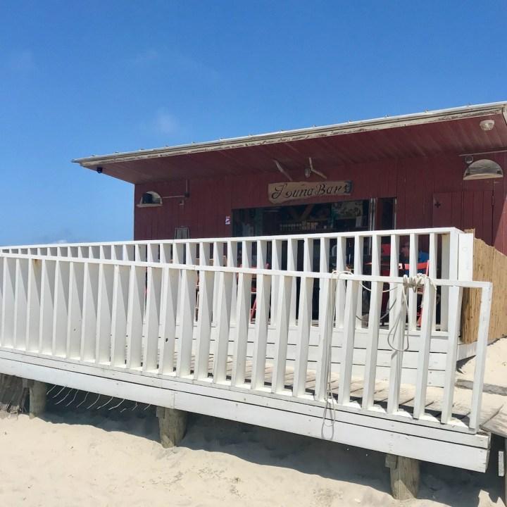 Praia da Vagueira beach bar