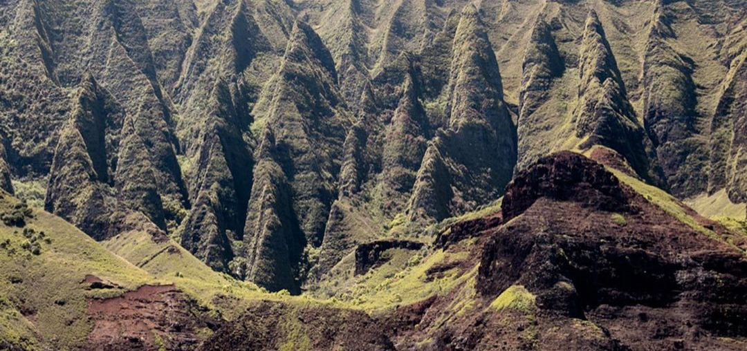 THE ONE THING YOU MUST DO ON EACH HAWAIIAN ISLAND