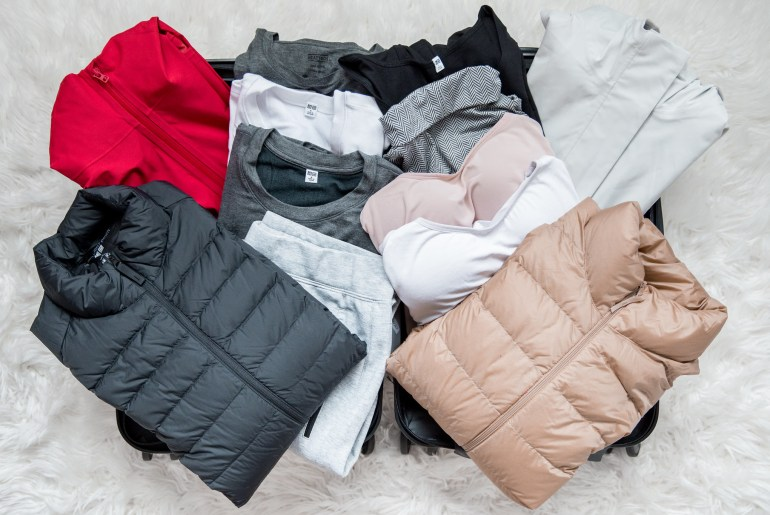 MINIMAL TRAVEL WARDROBE FOR WINTER - HEATTECH UNIQLO