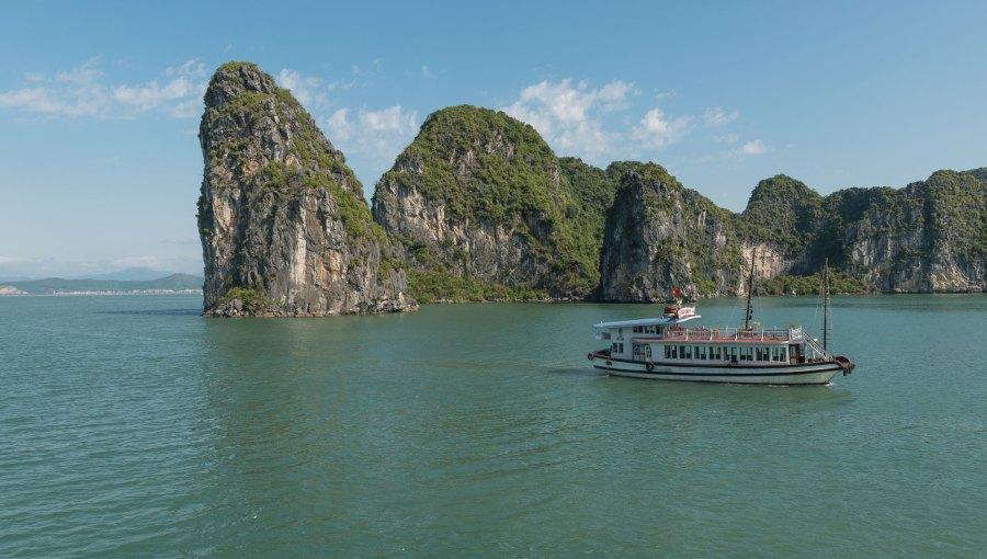 Vietnam-Halong-Bucht2