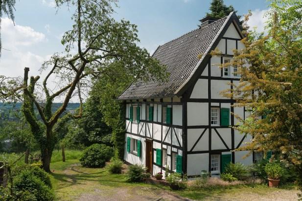 Fachwerkhaus oberhalb von Leichlingen