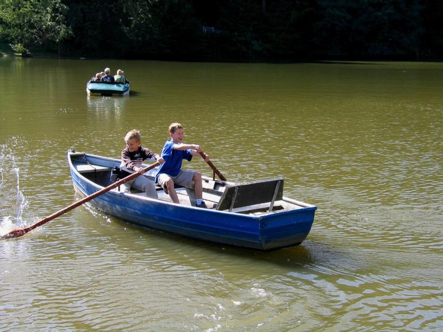 Bootsfahrt an der Diepentaler Talsperre