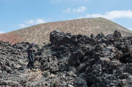 Überquerung eines Lavafeldes