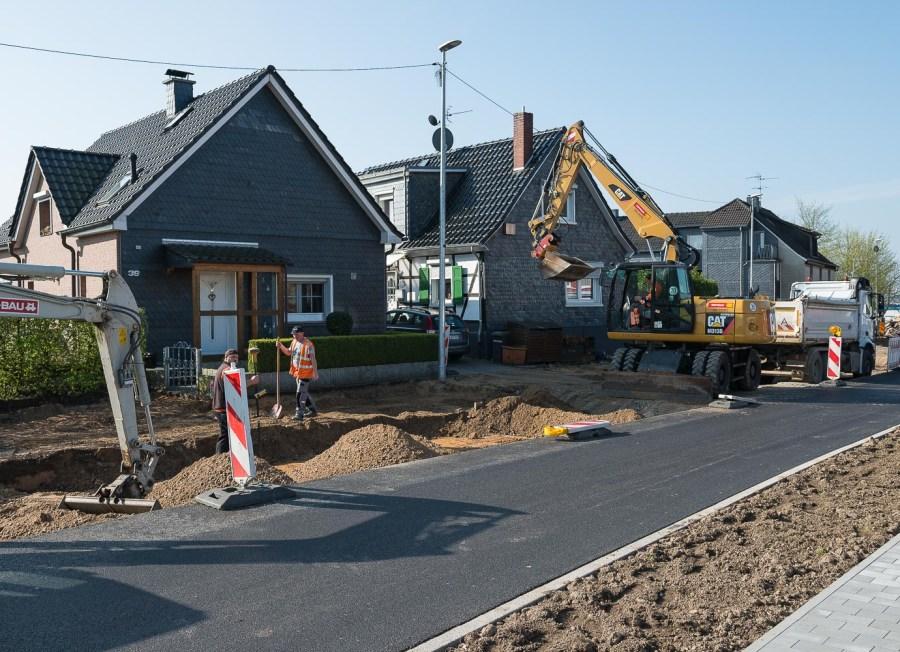 Baustelle an der B51 in Hilgen