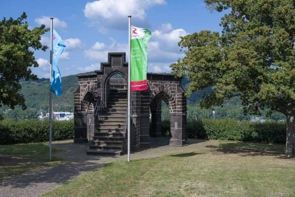 Königsstuhl oberhalb von Rhens