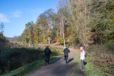 Radfahrer, Jogger und Spaziergänger waren unterwegs