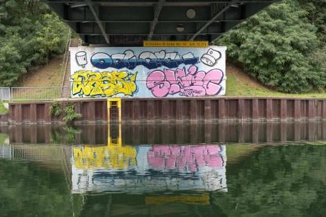 Brücke unter dem Dortmund-Ems-Kanal