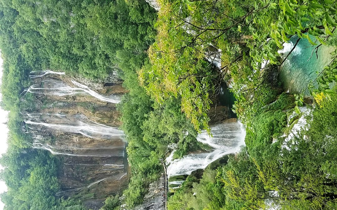 Do you want to hike to more waterfalls?