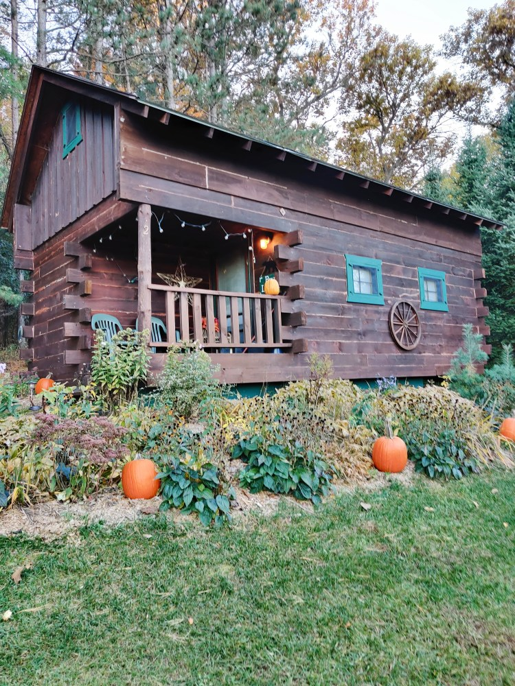 Grapevine Log Cabins How to Best Explore Sparta Wisconsin