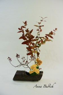 yellow flowers ikebana