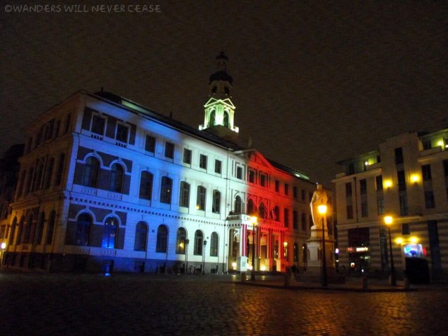 Town Hall in Riga, lit up for Paris