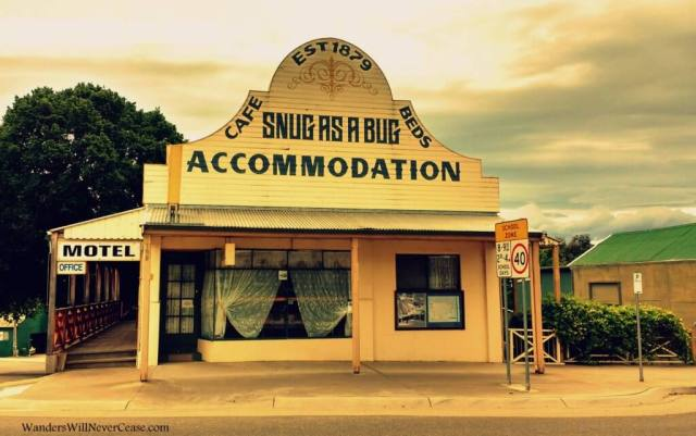 Who could resist a photo of these cutesy motel?!