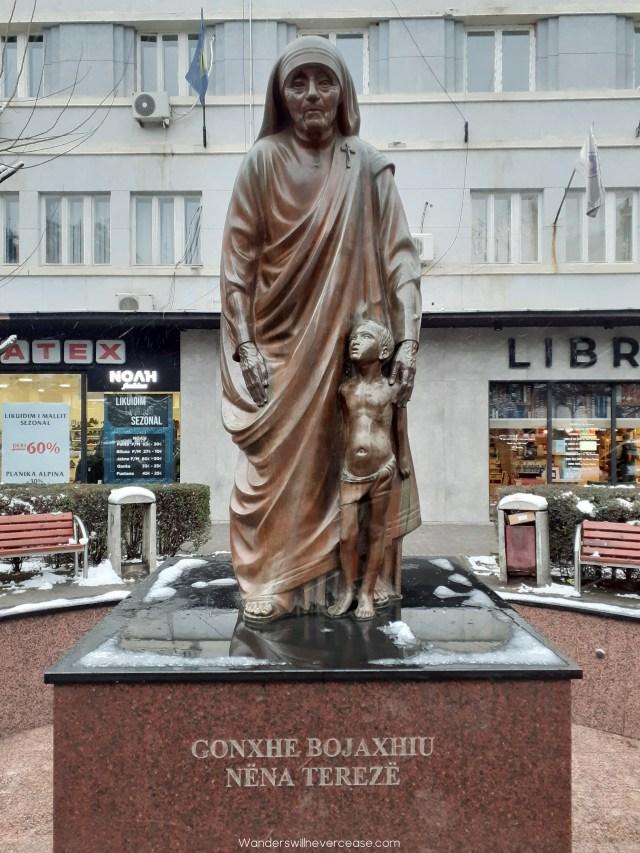mother teresa statue pristina kosovo