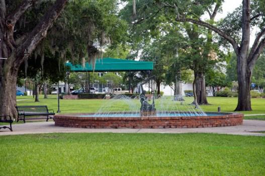 fountain_bandstand_central_park_920_medium