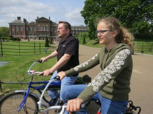 Scott & Lydia in front of Kensington Palace.  Say Hi to Princess Charlotte Elizabeth Diana!