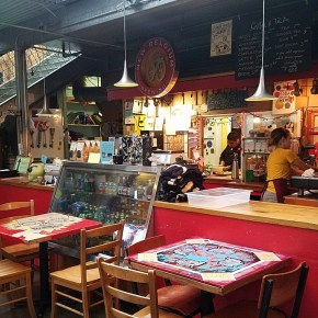 The Place to Eat in Newport, Oregon:  Cafe Mundo