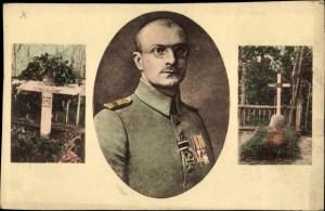 Walter Flex - Tombe avec la croix en bois au cimetierre de Pöide, croix tombée peu de temps après la guerre