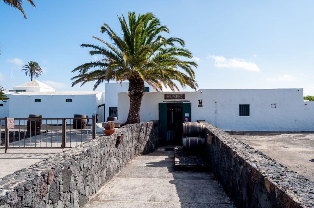 [:en]Lanzarote Wine Tasting at Bodegas el Grifo[:]