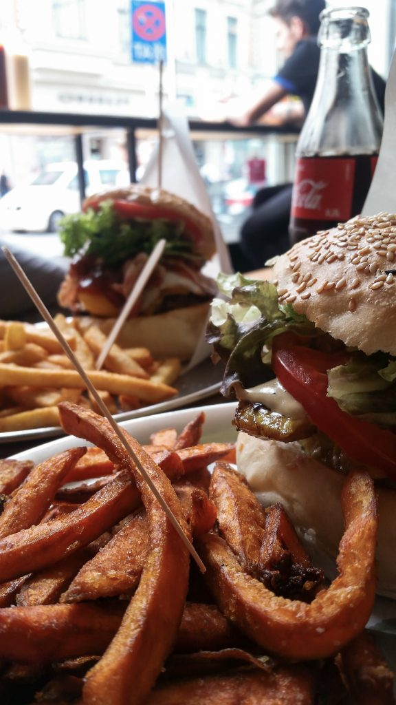 Where to Eat in Berlin: Revolver Burger | Wanderwings