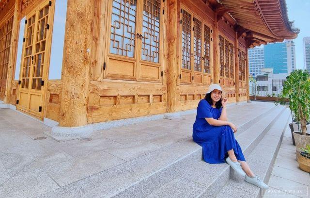 girl in blue dress hanok k-medi