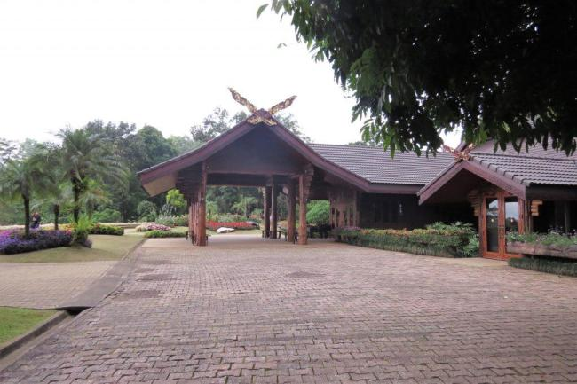 CHIANG RAI 7 PLACES TO VISIT Entry to Doi Tung Villas
