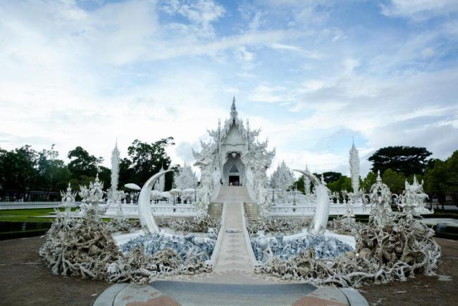 CHIANG RAI 7 PLACES TO VISIT white temple chiang rai