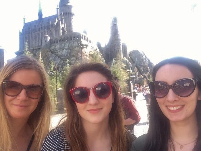 girls hogwarts universal