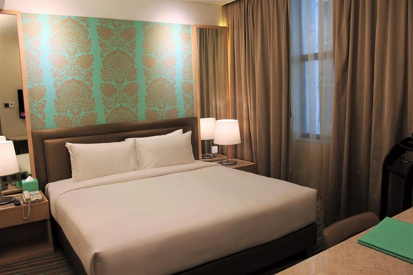 Cosmo Hotel KL suite bedroom
