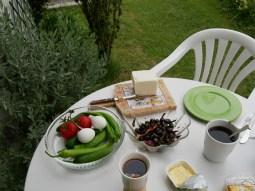 Liebevoll hergerichtetes Frühstück bei Sarper.