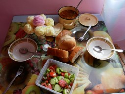 Abendessen bei Ia in Surami.