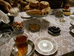 Nachtisch und Tee. // Desset and tea.