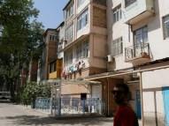 Hinterhof in Dushanbe.// Backyard in Dushanbe.