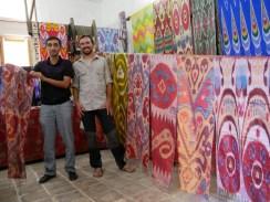 Silk scarfes with traditonal pattern. // Seidenschals mit traditionellem Muster.