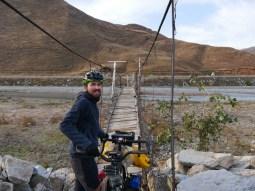 Die Brücke, die dir morgens das Adrenain in die Adern treibt.// The bridge which lets your adrenalin level get up in the morning.