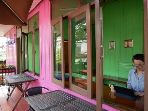 Working on the Blog in Chiang Rai.// Blogarbeiten in Chiang Rai.
