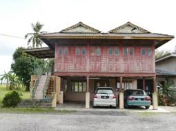 Traditional malay home.// Ein typisches, malaysisches Zuhause.