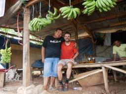 Breakfast encounter with a truck driver from Sumatera.// Frühstücks-Begegnung mit einem LKW-Fahrer aus Sumatra.