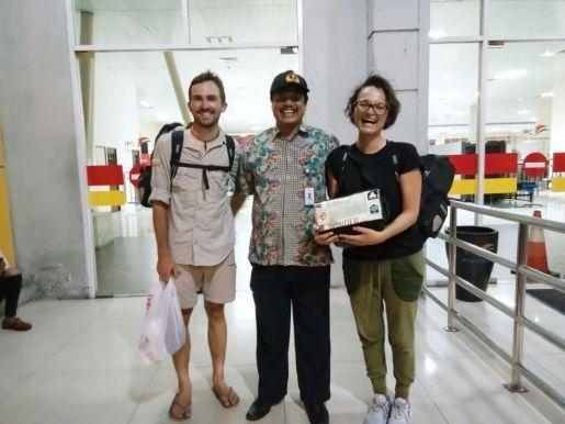 Daniel, Dicki, Antonia before boarding the MA Kelud.