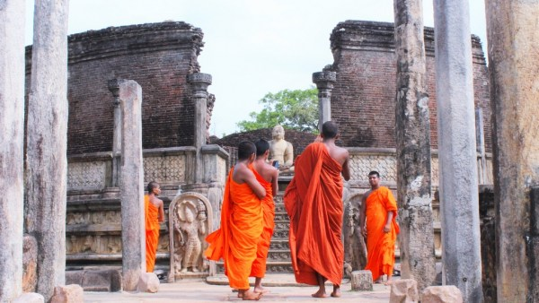 Monks Temple Polonnaruwa